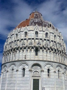 Even a millenium ago, the nobles and the Catholic Church were on a budget. The baptistry's roof was built of terra cotta tile facing the ocean and lead plates on the other side to save money.