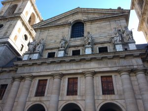 escorial-courtyard-of-the-kings