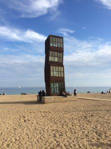 beach-sculpture